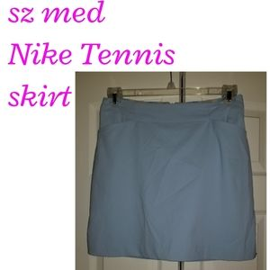 Sz medium Blue Nike tennis skirt